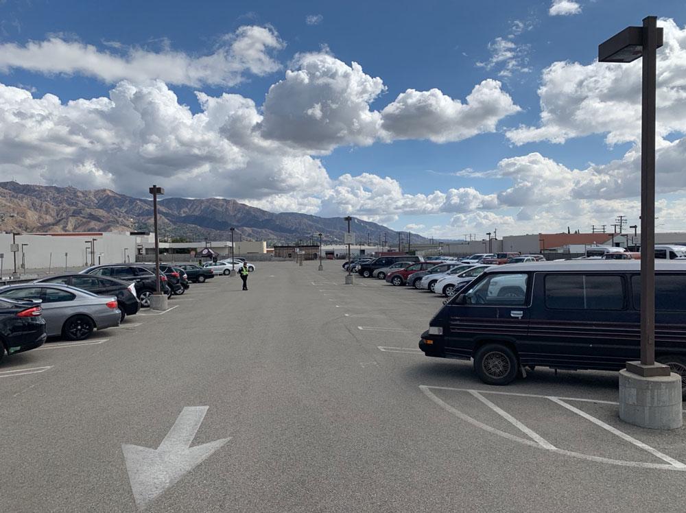 Avon Studio Parking - Burbank Airport Lot B - 3