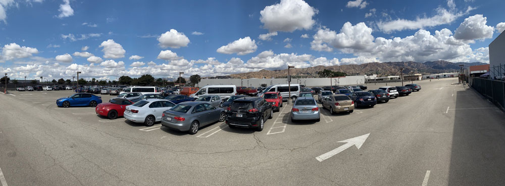 Avon Studio Parking - Burbank Airport Lot B - 4